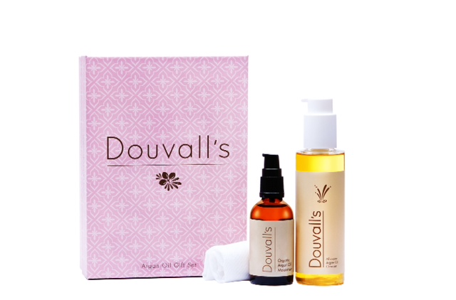 Christmas Gift Guide: Douvall's Argan Oil Luxury Gift Set