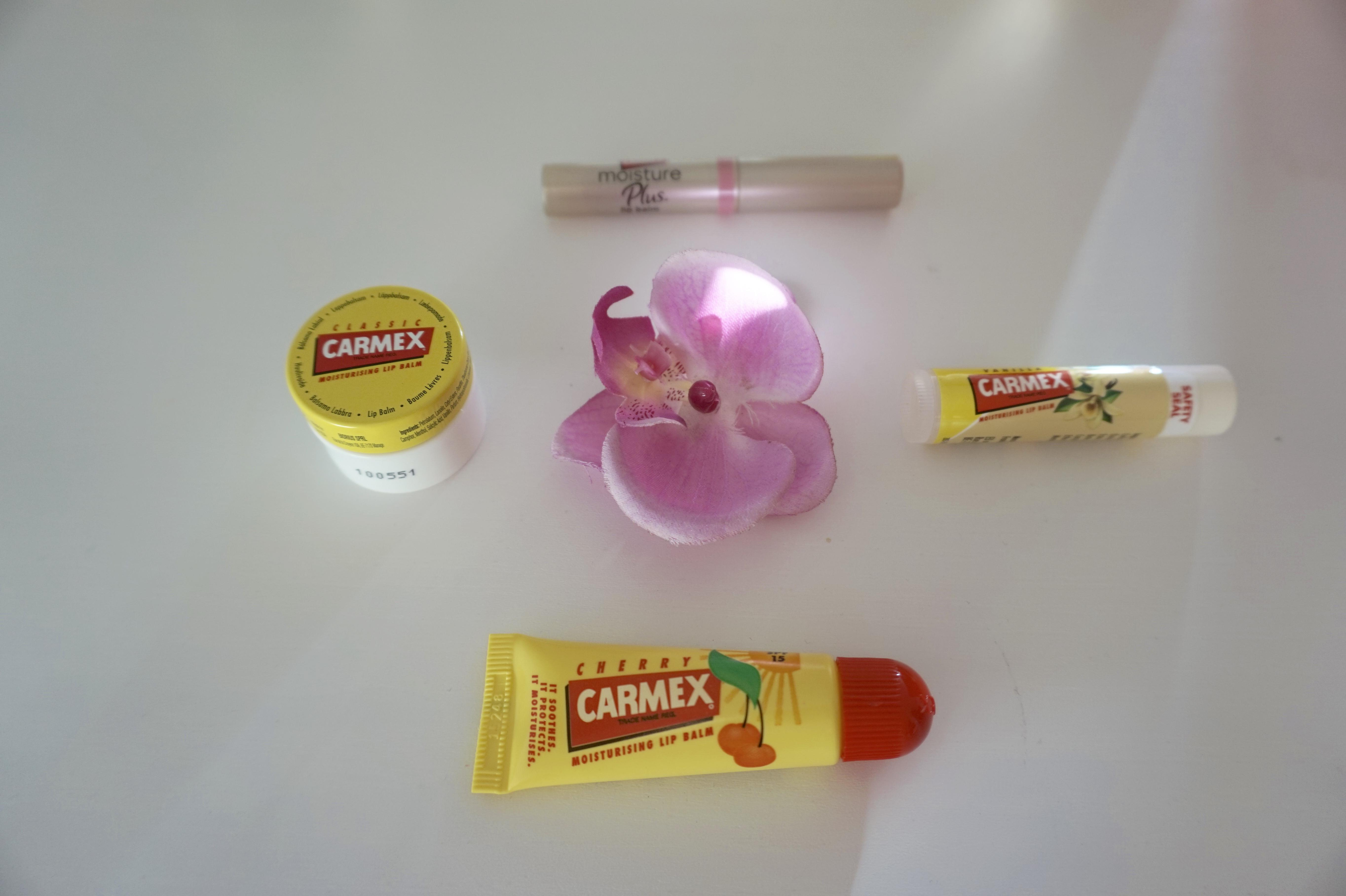 carmex-moisture-plus-lips-xmas-gift-guide