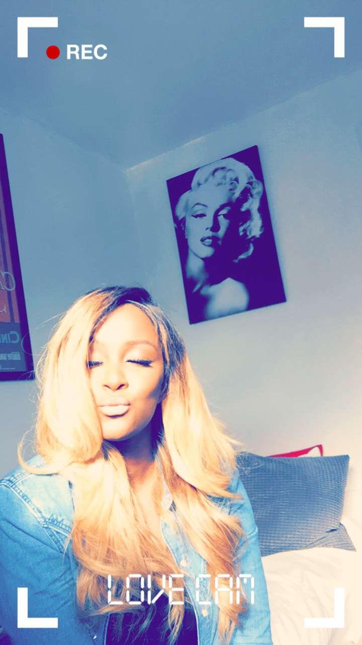 raychel-says-long-blonde-hair-edmund-bossmanhair-michael-kors-denim