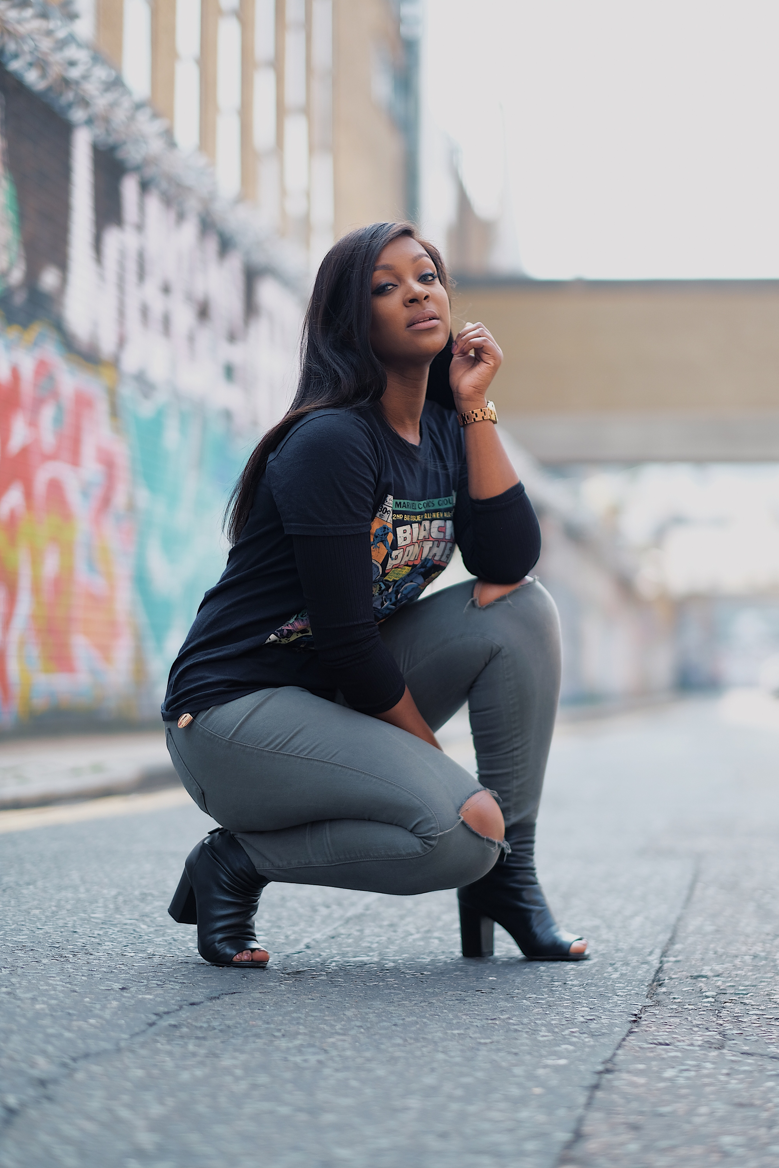 raychel-says-black-panther-tshirt-black-comic-tshirt-grey-jeans-fashionova-graffiti