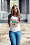raychel-says-marvel-avengers-end-game-brussels-blue-jeans-white-comic-tee
